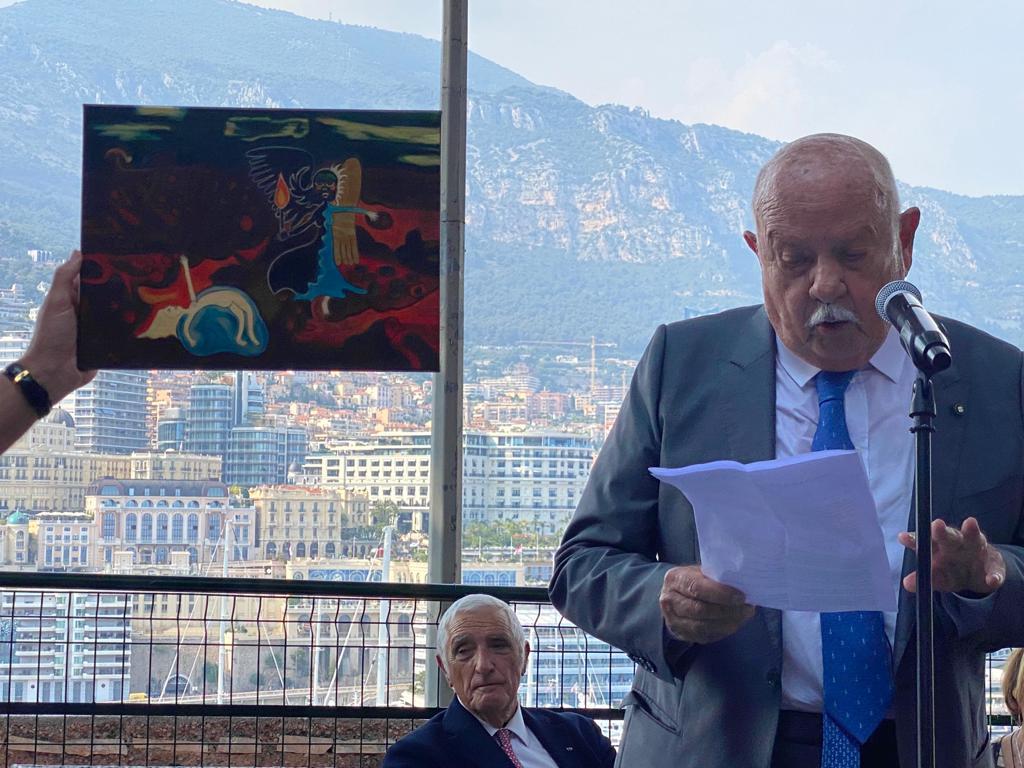 S.E. Jacques Boisson, il Presidente della S.I.B. Dott. Cav. Eugenio Benedetti Gaglio e la riproduzione del logo della S.I.B.